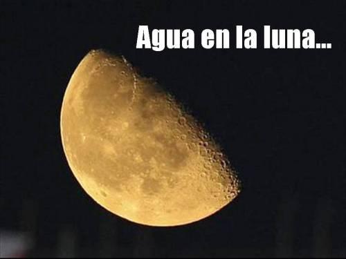 Agua en la Luna....