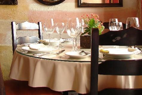 El protocolo de una mesa bien puesta el blog de alvaro l pez for Natural burguer mesa y lopez