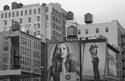 16 Kate Moss NYC WALL