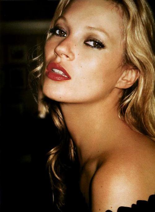 16 Kate Moss3